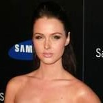 Camilla Luddington New Lara Croft Voice Actor In Tomb Raider, Fans Incredibly Fickle