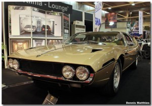 Lamborghini Espada Theme With 10 Backgrounds