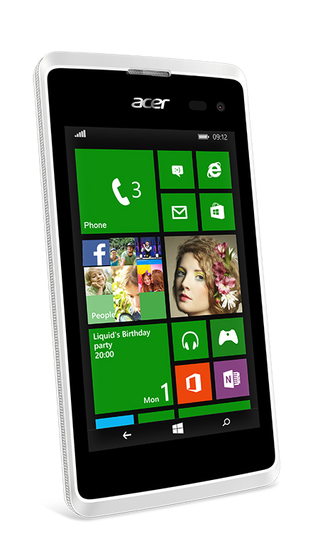 Microsoft Shows Off Acer M220 Windows Phone For June