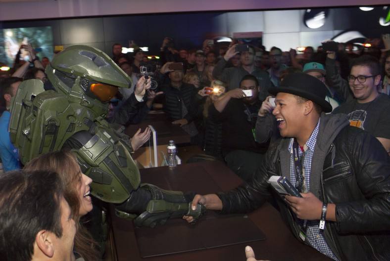 Microsoft Hosts Global Launch Events For Halo 5