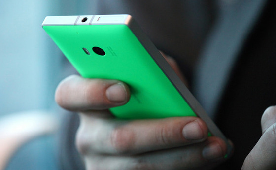 Microsoft Shows Off Lumia 930's Visual High-End Specs In Blog Post