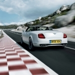 bentley continental supersports convertible-wallpaper1