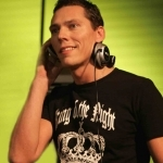 dj tiesto-wallpaper5