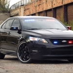 ford crown victoria police interceptor-wallpaper2